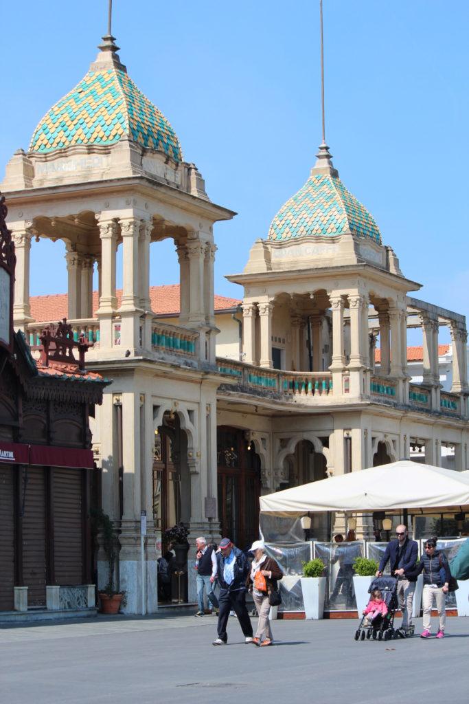 Caffè Margherita primo edificio Liberty a Viareggio